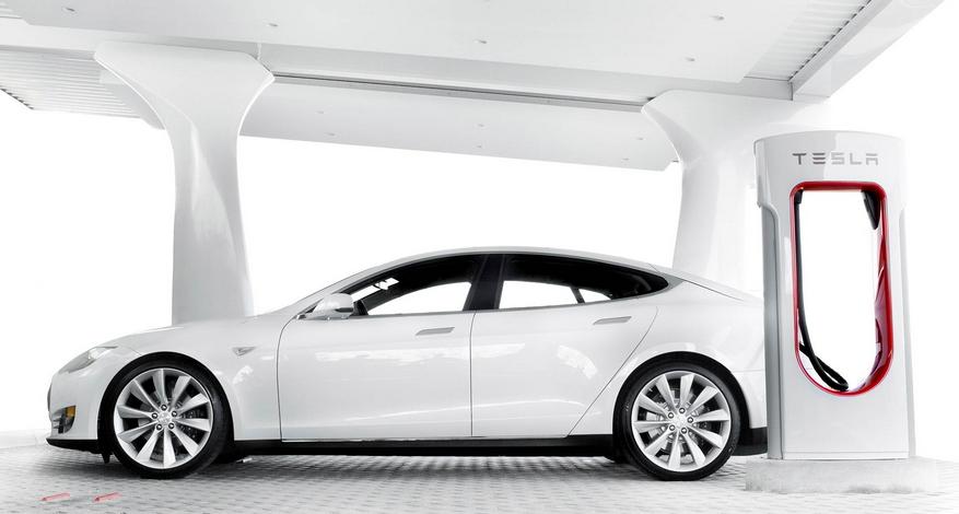 Tesla приходит в Европу