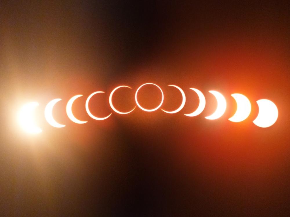 Фазы кольцевого солнечного затмения.
