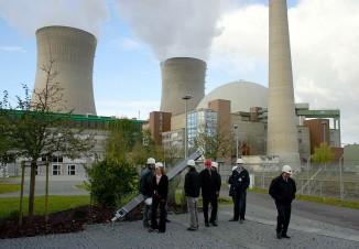 Графенрайнфельд— атомная электростанция вБаварии, мощностью 1345 МВт.