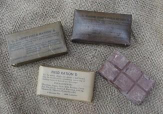 Полевой рацион D. Плитка шоколада, обязательно входящая всухой паёк американских военных с1937 года. Примерно, в2031-м её, вероятно, придётся чем-нибудь заменить.