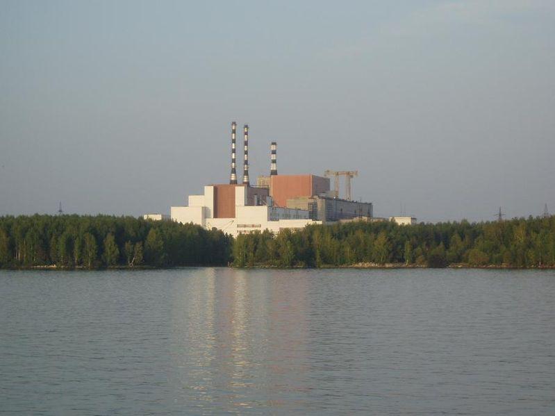 Белоярская АЭС им. И. В. Курчатова расположена вгороде Заречный, вСвердловской области, вторая промышленная атомная станция встране (после Сибирской), единственная вРоссии АЭС сразными типами реакторов наодной площадке.