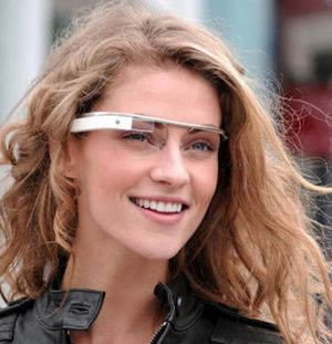 Великобритания стала первым зарубежным рынком для умных очков Google Glass.