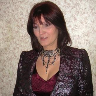 Валерия Прайд— активист Российского трансгуманистического движения, член Координационного Совета Российского трансгуманистического движения, футуролог, одна из основателей игенеральный директор «КриоРус»— первой криофирмы, созданной натерритории Евразии.