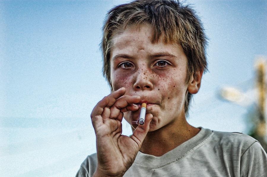 Особенно стойкое пристрастие ккурению формируется, если начать курить вподростковом возрасте. / Photo nerdboy 69.