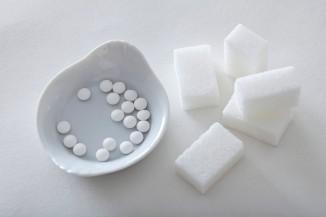 Считается, что искусственные подсластители всотни итысячи раз слаще сахара.