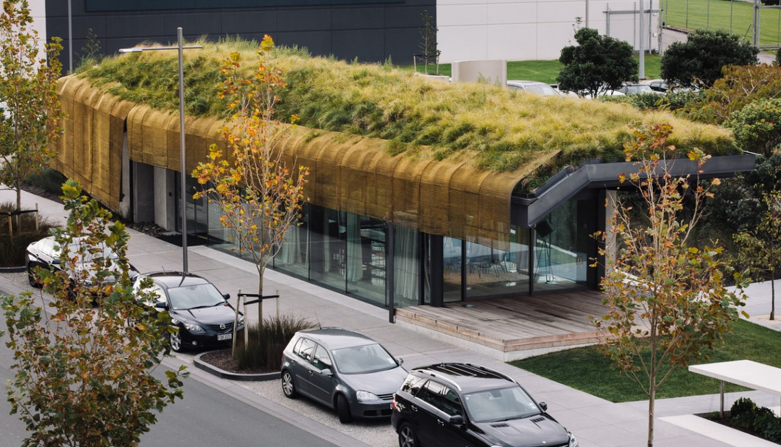 """Плащ""— Fearon Hay Architects."
