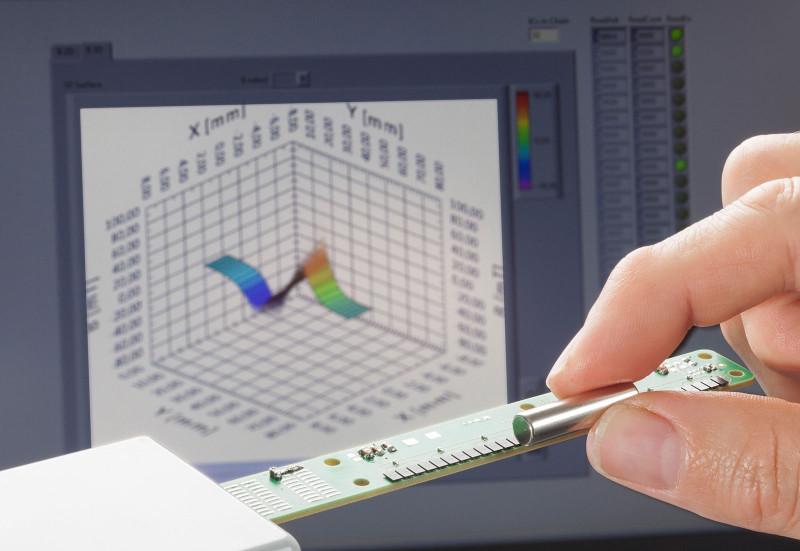 Линейная камера фиксирует ивизуализирует изменение магнитного поля вреальном времени.