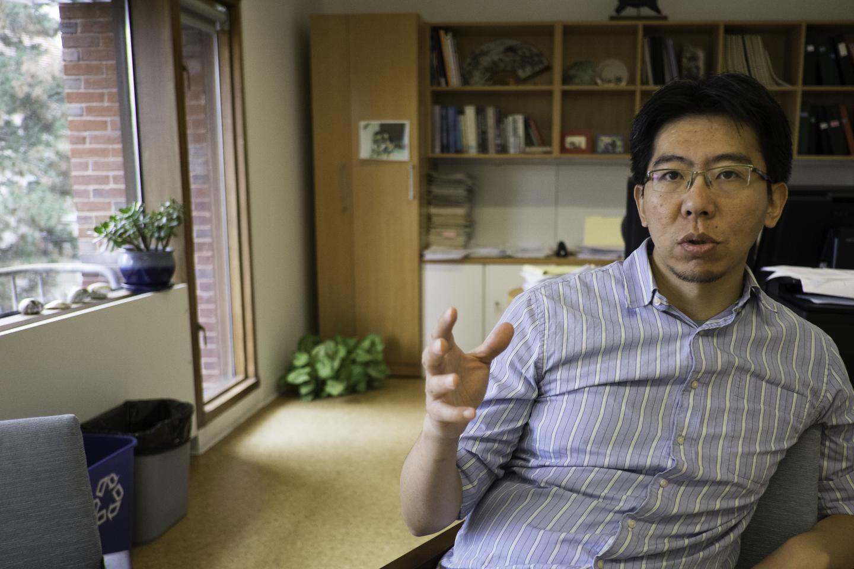 Джо Чжоу— адъюнкт-профессор факультета стволовых клеток ирегенеративной медицины Гарвардского университета.
