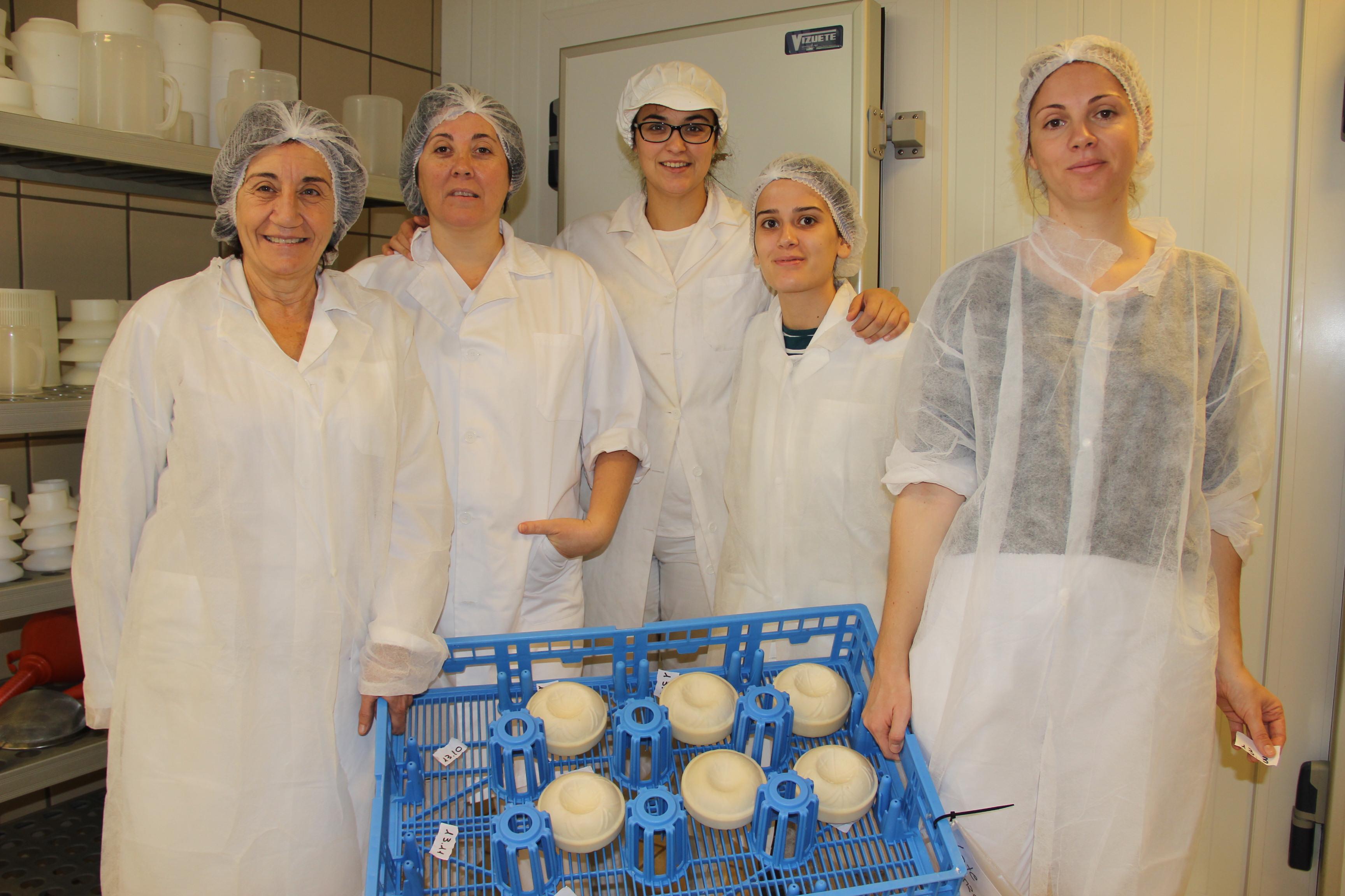 Сыроделы из Политехнического университета Валенсии.