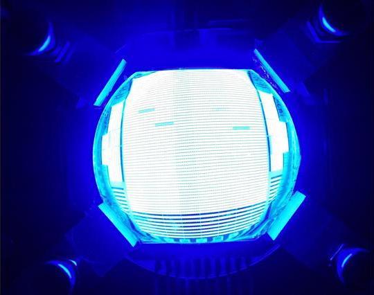 Светодиод мощностью 157 Вт