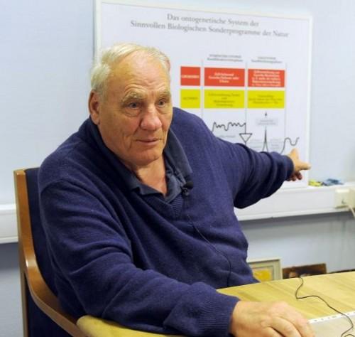 Райк Герд Хамер, основатель «Новой немецкой медицины».