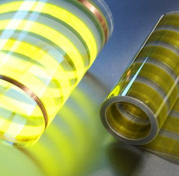 Крупноформатные OLED-плёнки для использования врекламе