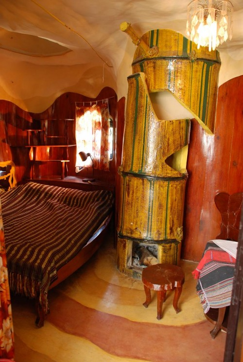 Интерьер одной из комнат гостевого домика Ханг Нга