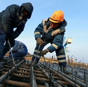 Голодовку накосмодроме Восточный объявили 18 строителей