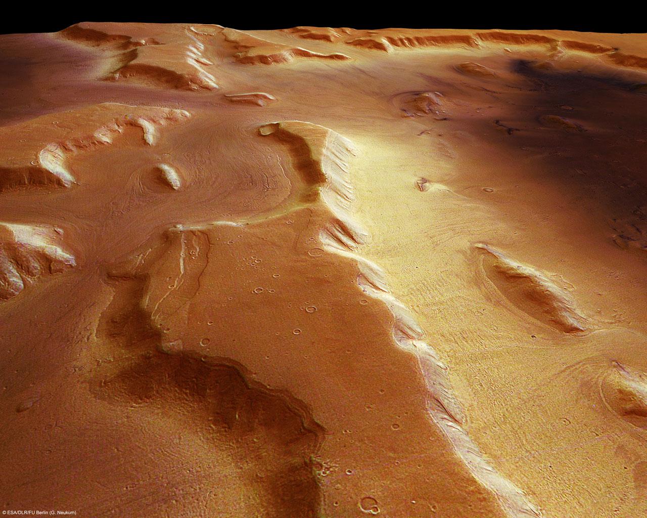 Марс, ледники под слоем пыли
