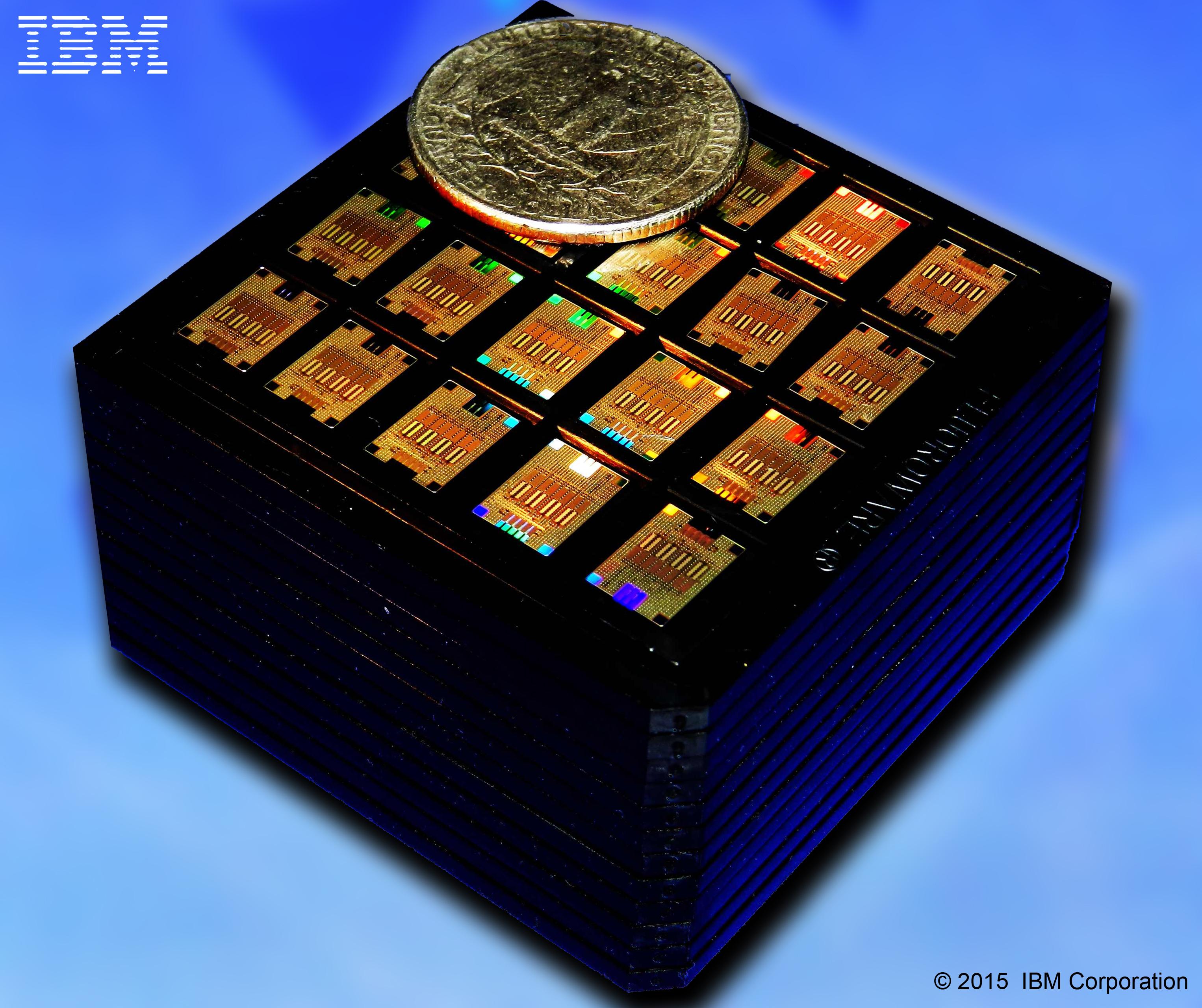 Кассета, содержащая несколько сотен чипов, предназначенных длястогигабитных приёмопередатчиков.