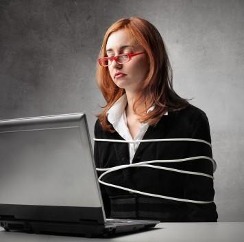 Россияне выступают за цензуру вИнтернете