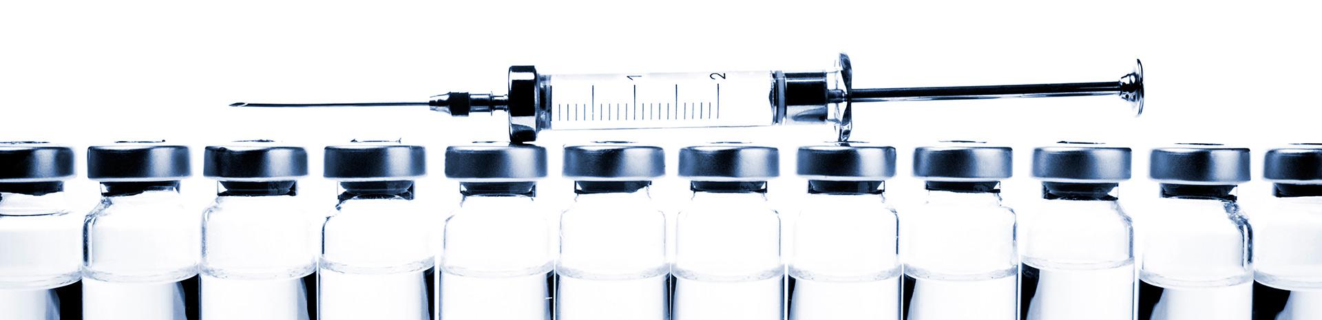 Какие прививки нужны взрослому человеку?