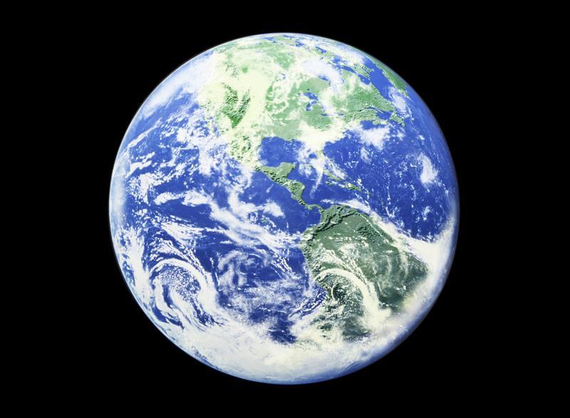 «Океан является возобновляемым ресурсом, который может обеспечить все будущие поколения, если давление нанего будет оказываться эффективно»,— говорит Марко Ламбертини, Генеральный директор WWF.