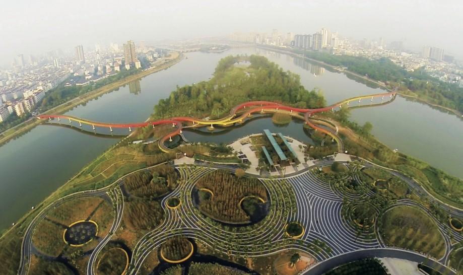 Парк Яньвэйчжоу, Китай