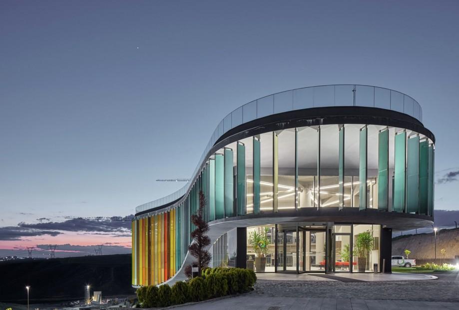 ONS INCEK Showroom & Sales Office