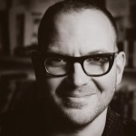 Кори Доктороу (Cory Doctorow) — канадский писатель-фантаст, журналист и блогер, пишущий о науке, культуре, обществе, сторонник либерализации авторских прав, автор этой статьи