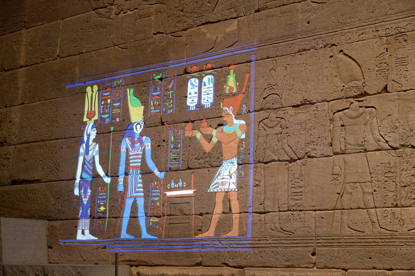 Инсталляция «Раскрась храм» вМетрополитен-музее.