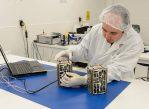 Подготовка спутников Nodes-1 и Nodes-2 к отправке на МКС
