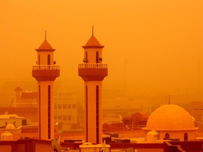 Песчаная буря наБлижнем Востоке. Фото: Molly John