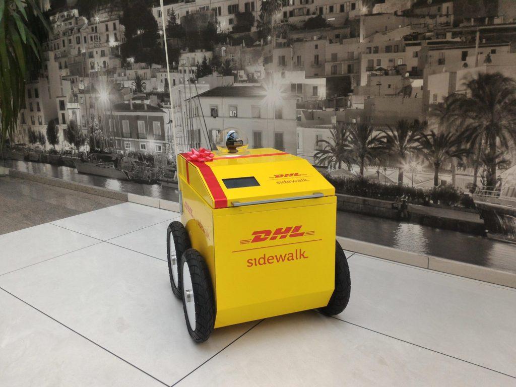 Возможно так будет выглядеть доставочный робот DHL.