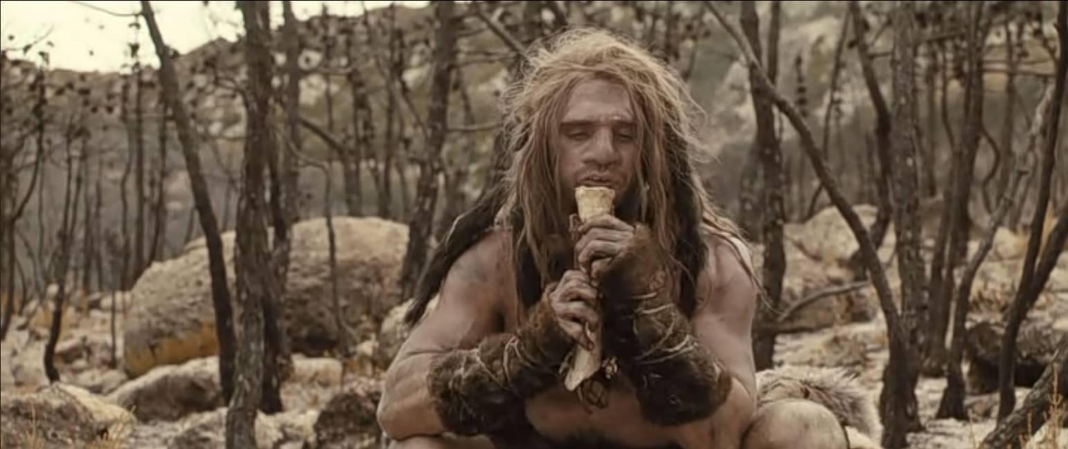Кадр из фильма «Последний неандерталец».