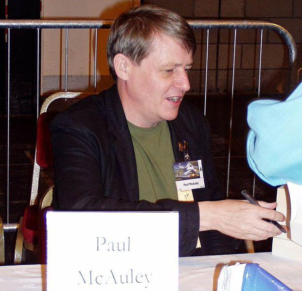 Пол Макоули— шотландский фантаст иботаник, пишущий натемы нанотехнологий, биотехнологий, трансгуманизма иискусственного интеллекта