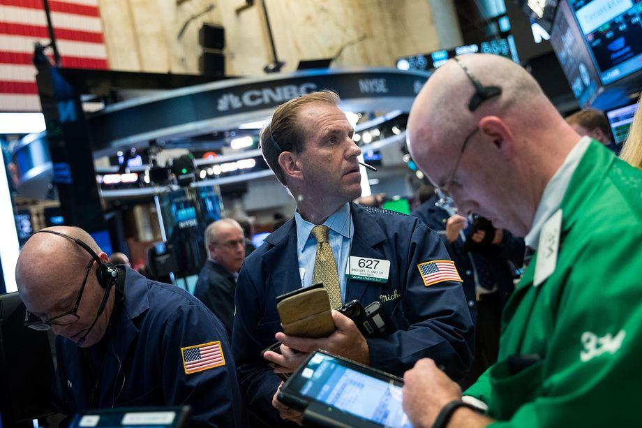 Искусственный интеллект обгоняет людей ина финансовых рынках.