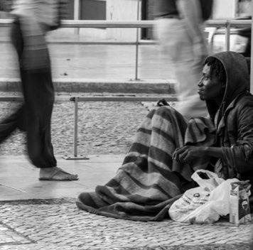Неожиданно, но факт: финансовая помощь может уберечь людей от бездомности