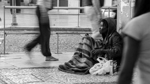 Проще предотвратить бездомность, чем терпеть факт её существования