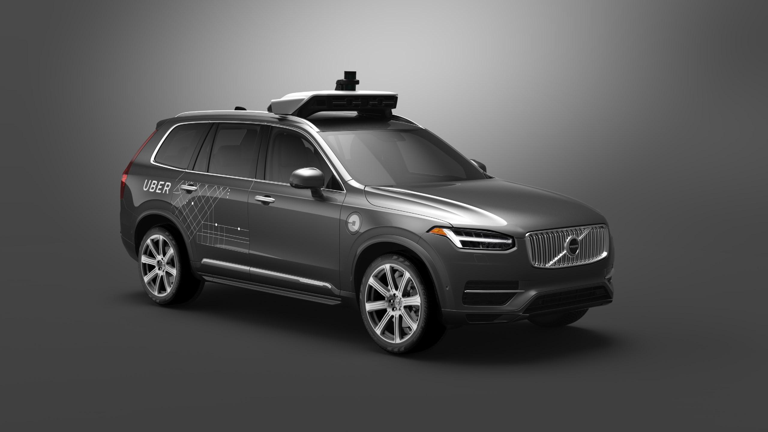 Беспилотные автомобили, рождённые врезультате сотрудничества <i>Uber</i> и<i>Volvo</i>, появятся надорогах уже вэтом месяце.