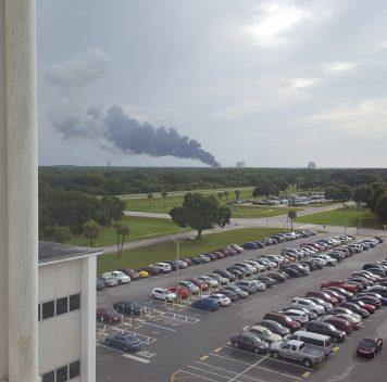 Falcon 9 взорвалась настартовой площадке во время предстартовых испытаний