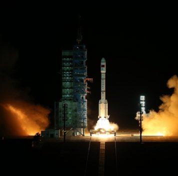Китай запустил космическую станцию Тяньгун-2