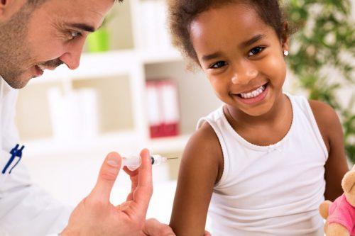 Победить корь вамериканском регионе удалось благодаря  вакцинации.