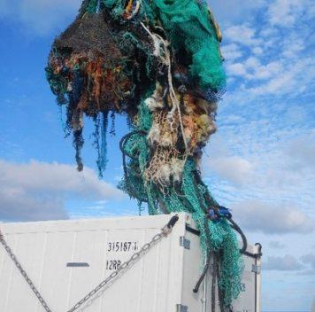 Большое тихоокеанское мусорное пятно: хлама вокеане больше, чем ожидалось