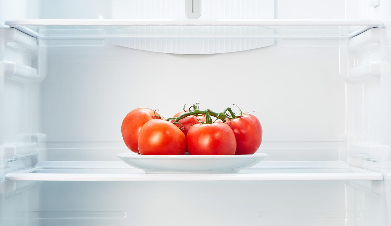Учёные разобрались, почему упомидоров вхолодильнике портятся вкус иаромат.
