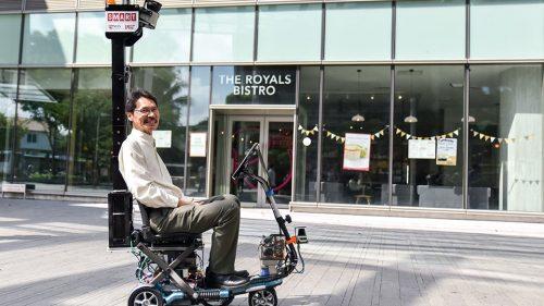 Марсело Энг (Marcelo Ang) иновый беспилотный «мобильный скутер».