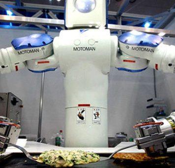 Роботы уже заменяют работников фастфуда
