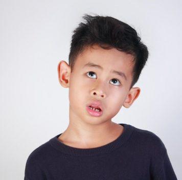 Предубеждения взрослых могут передаваться детям без помощи слов