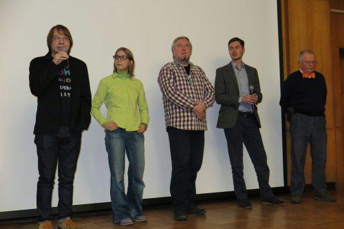 Единым фронтом против мракобесия. Слева направо: Александр Панчин, Ася Казанцева, Алексей Водовозов, Сергей Апресов иВасилий Власов