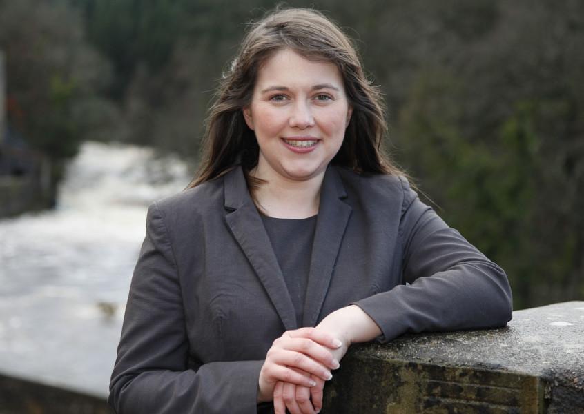 """Министр здравоохранения Шотландии Эйлин Кэмпбелл надеется """"увеличить число случаев, когда пересадка разрешена""""."""