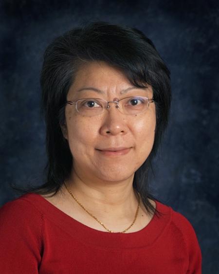 Лили Ван (Lili Wang), доцент Программы генной терапии Пенсильванского университета.