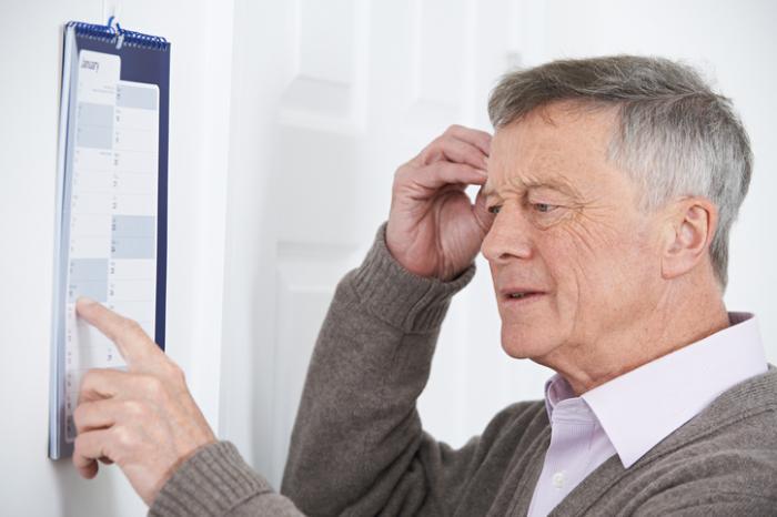 И хроническая болезнь почек, идеменция чаще развиваются впожилом возрасте.