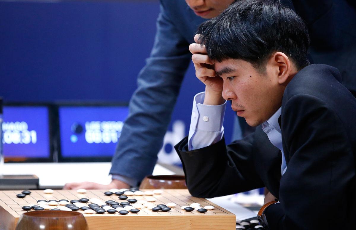 Знаменитый матч «AlphaGo— Ли Седоль».