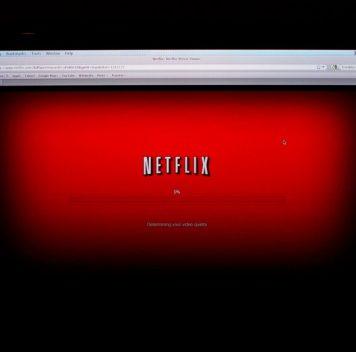 Переключать программы Netflix можно будет усилием воли (и мышц шеи)